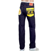 Sport an Elegant Style with RMC Jeans at Niro Fashion